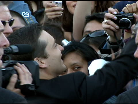 tobey maguire at the 'spiderman 3' premiere at 2007 tribeca film festival at the astoria kaufman theater in new york new york on april 30 2007 - tobey maguire stock videos and b-roll footage
