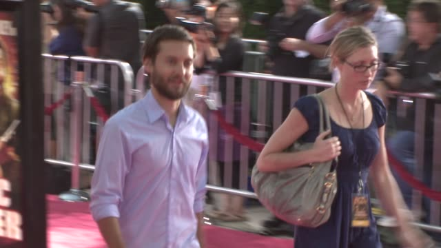 tobey maguire at the tropic thunder premiere at los angeles ca - tobey maguire stock videos and b-roll footage