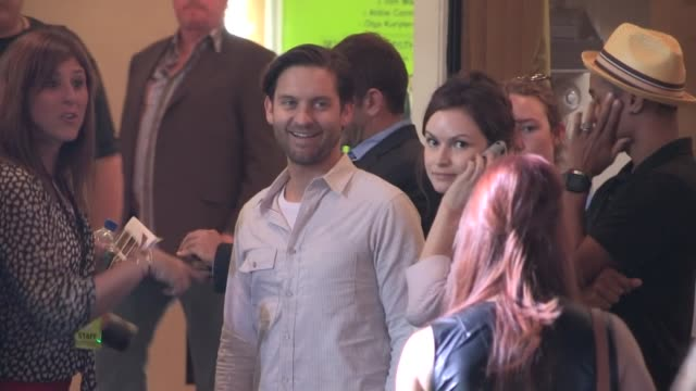 tobey maguire greets fans while enetring the seven psychopaths premiere in westwood 10/01/12 - tobey maguire stock videos and b-roll footage