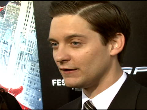 tobey maguire on exploring the dark side of his character and the villains in the film at the 'spiderman 3' premiere at 2007 tribeca film festival at... - tobey maguire stock videos and b-roll footage