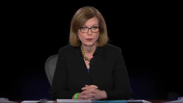 vidéos et rushes de today washington bureau chief susan page welcomes california senator kamala harris and vice president mike pence, to applause, the two waving to the... - salt lake city