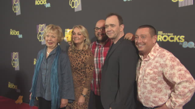 vidéos et rushes de todd carty, lee macdonald,erkan mustafa, gwyneth powell at bbc children in need rocks the 80s at sse arena on october 19, 2017 in london, england. - bbc children in need