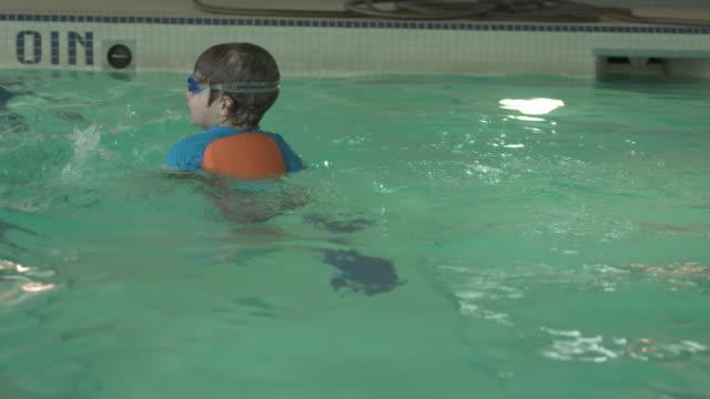 Oily pool teacher po