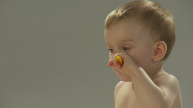 HD: Kleinkinder Essen