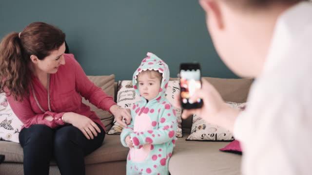 vídeos y material grabado en eventos de stock de toddler in fancy dress costume - sms