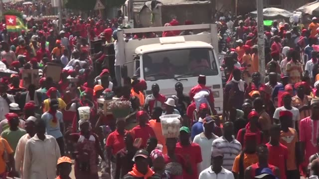 Togo's opposition on Wednesday vowed to maintain the momentum of anti government protests as thousands again took to the streets before promised...