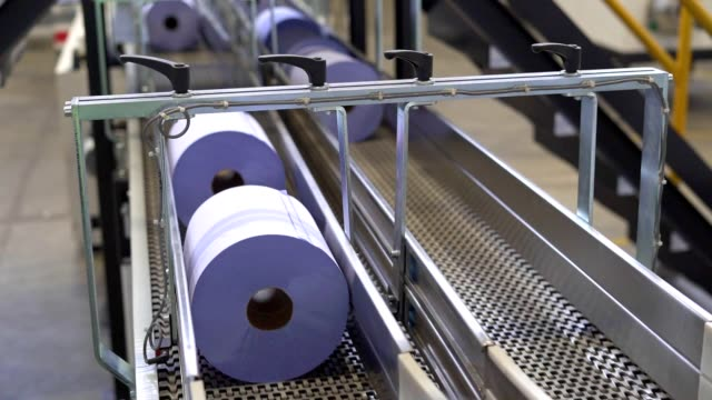 toilet paper, tablecloth industrial production line - tissue paper stock videos & royalty-free footage