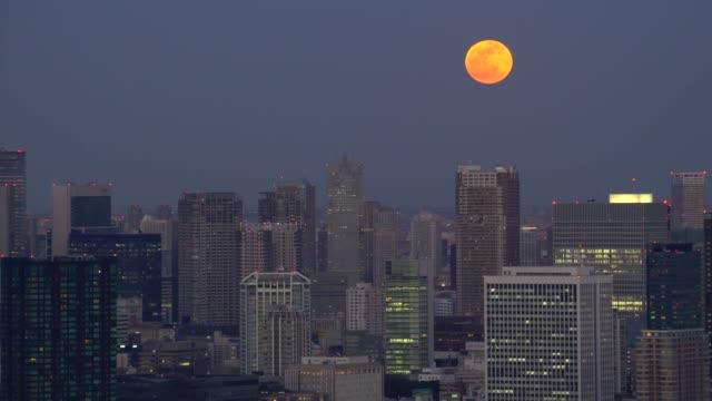 tokyo cityscape - super moon - plusphoto stock videos & royalty-free footage