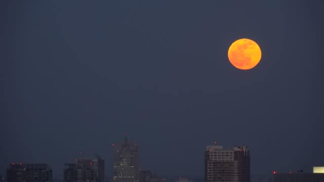 tokyo cityscape - super moon - plusphoto stock videos & royalty-free footage