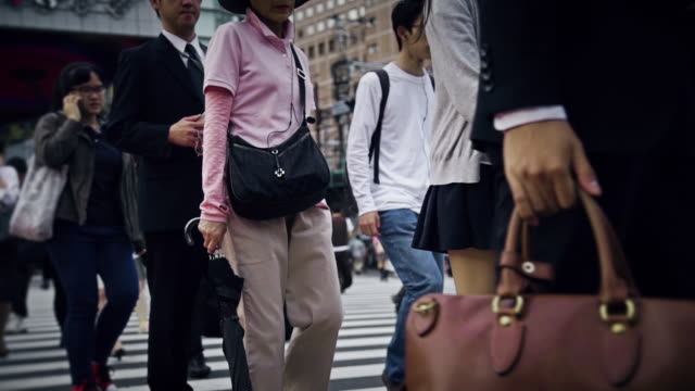 tokyo crosswalk - crossing stock videos & royalty-free footage