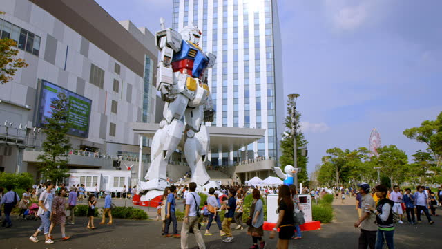 tokyo robot statue - arts culture and entertainment stock-videos und b-roll-filmmaterial