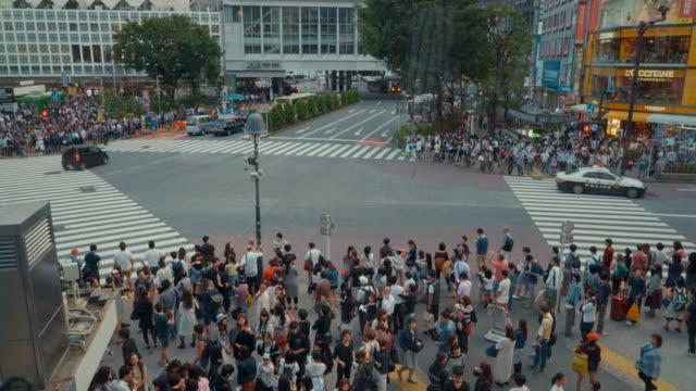 hd 東京渋谷交差点、日本 - 24コマ撮影点の映像素材/bロール