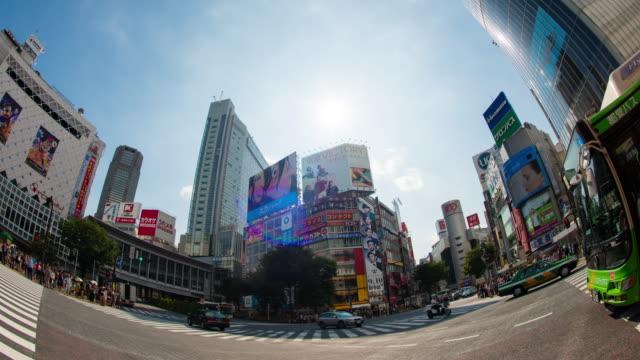 tokyo shibuya crossing time lapse - 広角撮影点の映像素材/bロール