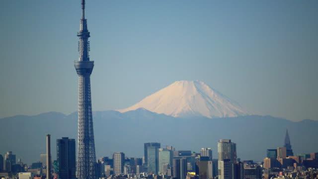 tokyo sky tree and m't fuji - スカイツリー点の映像素材/bロール