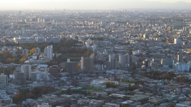 tokyo skyline | zoom out - plusphoto stock videos & royalty-free footage