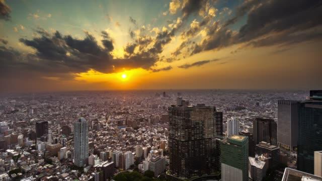 東京の夕暮れ - 時間の経過 - 商業地域点の映像素材/bロール