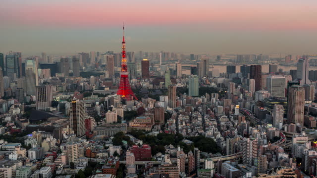 tokyo timelapse at twilight time with tokyo tower - roppongi hills stock videos and b-roll footage