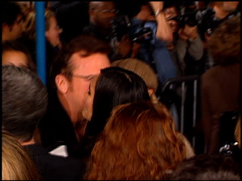 tom arnold at the 'alien resurrection' premiere on november 20, 1997. - tom arnold stock videos & royalty-free footage