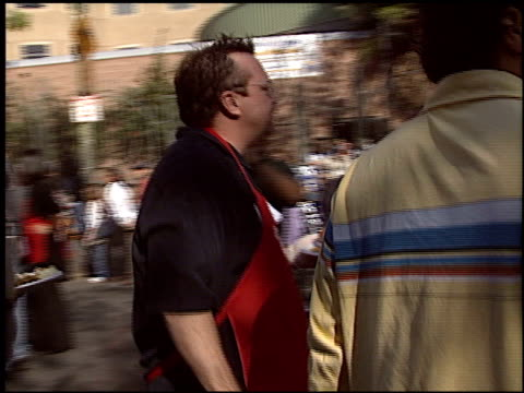 tom arnold at the los angeles mission thanksgiving on november 24, 2004. - tom arnold stock videos & royalty-free footage