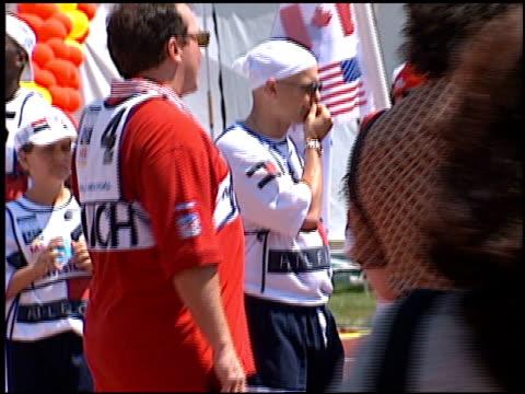 vídeos y material grabado en eventos de stock de tom arnold at the multiple sports for ms at drake stadium in los angeles california on june 1 1996 - tom arnold