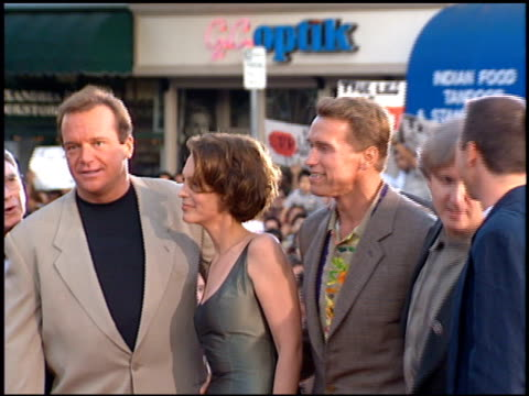 tom arnold at the 'true lies' premiere on july 12, 1994. - tom arnold stock videos & royalty-free footage