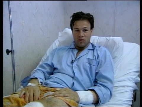 vídeos de stock e filmes b-roll de tom bradby injury int bradby interview sot talks of his condition nurse attending to bradby - tom bradby
