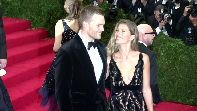 Tom Brady Gisele Bundchen at Charles James Beyond Fashion Costume Institute Gala Arrivals at The Metropolitan Museum on May 05 2014 in New York City