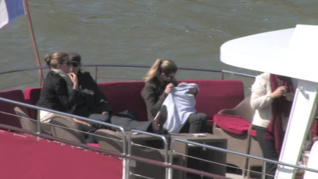 Tom Brady Gisele Bundchen on a love boat trip in Paris We spotted the NFL quarterback Tom Brady supermodel Gisele Bundchen and their new born...