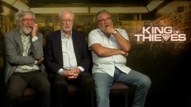 interview tom courtenay michael caine ray winstone on what sayings they like at 'king of thieves' interviews at on september 11 2018 in london england - tom courtenay stock videos & royalty-free footage