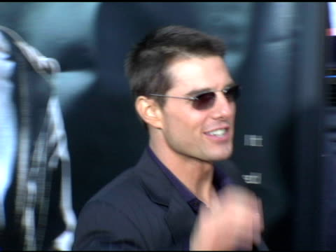 tom cruise at the 'collateral' los angeles premiere at the orpheum theatre in los angeles, california on august 2, 2004. - orpheum theatre stock videos & royalty-free footage