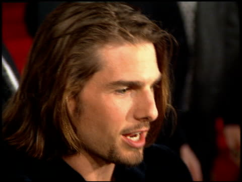stockvideo's en b-roll-footage met tom cruise at the 'interview with the vampire' premiere at the mann village theatre in westwood california on november 9 1994 - 1994