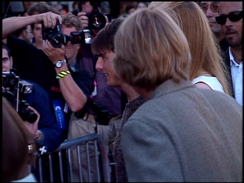 vidéos et rushes de tom cruise at the 'mission impossible' premiere on may 20, 1996. - 1996