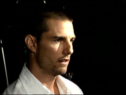 tom cruise at the premiere of 'the others' at dga theater in los angeles california on august 7 2001 - dga theater stock videos & royalty-free footage