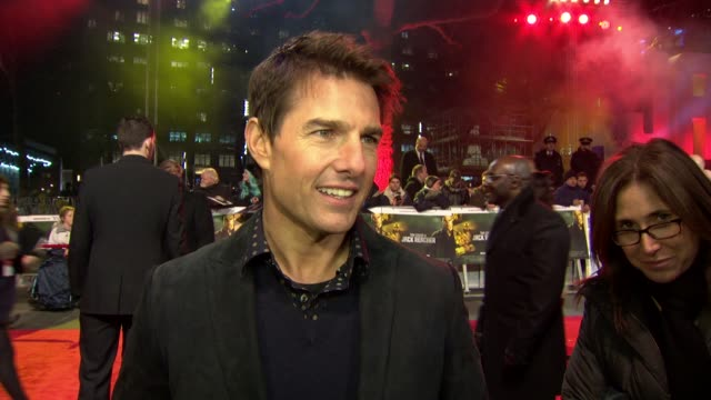 tom cruise on the type of roles he does, doing his own stunts,working on the next mission impossible and tom gun 2 at 'jack reacher' world premiere... - tom cruise video stock e b–roll
