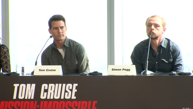 tom cruise on wanting to shoot in dubai it's prosperity and more at the mission impossible ghost protocol press conference 8th dubai international... - tom cruise bildbanksvideor och videomaterial från bakom kulisserna