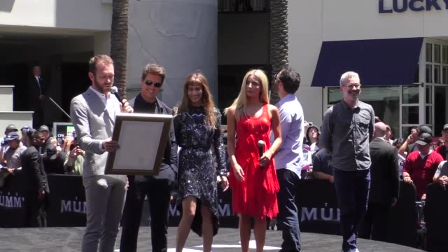 Tom Cruise Sofia Boutella Annabelle Wallis Jake Johnson and Alex Kurtzman at Universal Celebrates 'The Mummy Day' with 75Foot Sarcophagus Hollywood...