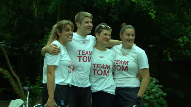 tom dean's family celebrating his olympic gold medal in the 200m freestyle - males stock videos & royalty-free footage
