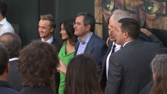 tom felton freida pinto peter chernin james franco john lithgow at the 'rise of the planet of the apes' premiere at hollywood ca - tom felton stock videos & royalty-free footage