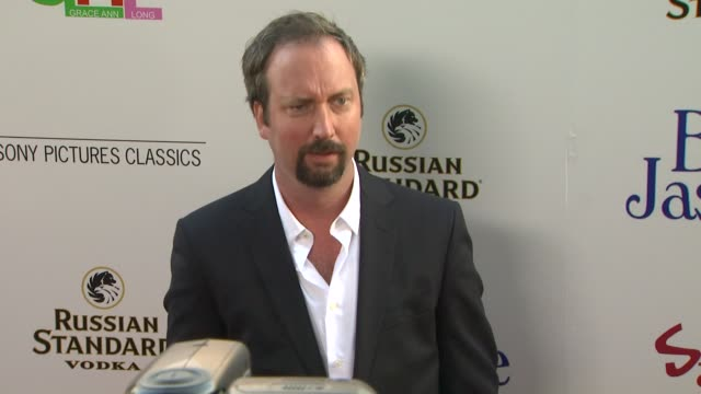 tom green at blue jasmine los angeles premiere on 7/24/13 in los angeles, ca . - トム グリーン点の映像素材/bロール