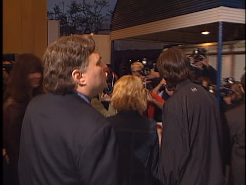 tom green at the freddie got fingered premiere at village westwood in village westwood, ca. - トム グリーン点の映像素材/bロール