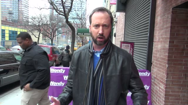 tom green at 'the wendy williams show' studio in new york on 1/26/2012 - トム グリーン点の映像素材/bロール