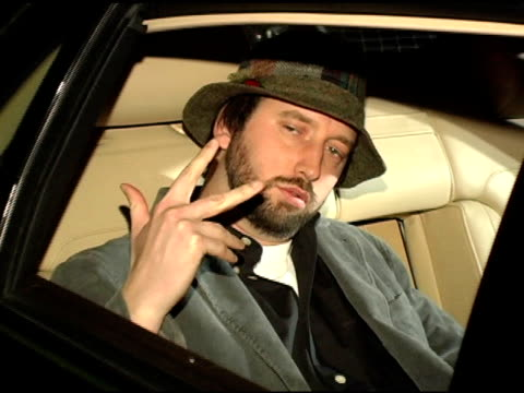tom green in volkswagen at the 2005 volkswagen jetta premiere party sponsor at the lot in los angeles, california on january 5, 2005. - トム グリーン点の映像素材/bロール