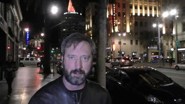 vídeos de stock, filmes e b-roll de interview tom green talks about his new virtual reality talk show as he leaves katsuya restaurant in hollywood in celebrity sightings in los angeles - tom green
