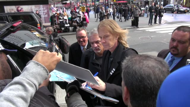 tom hamilton of aerosmith signs for fans outside vh1 in new york ny on 11/02/12 - vh1 stock-videos und b-roll-filmmaterial