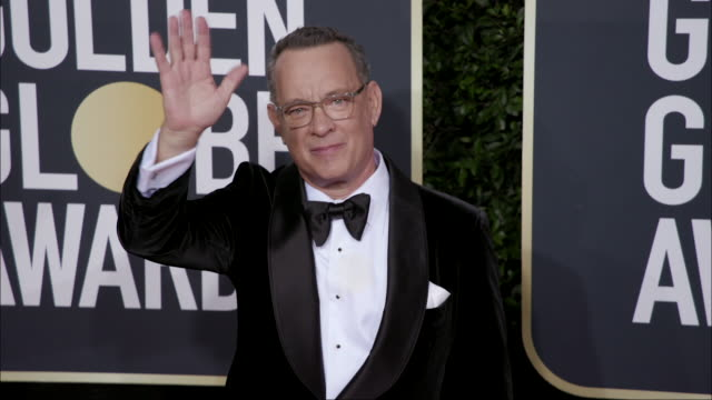 vídeos y material grabado en eventos de stock de tom hanks at the 77th annual golden globe awards at the beverly hilton hotel on january 05 2020 in beverly hills california - the beverly hilton hotel