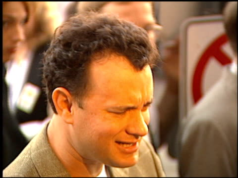 tom hanks at the 'toy story' premiere at the el capitan theatre in hollywood, california on november 19, 1995. - el capitan kino stock-videos und b-roll-filmmaterial