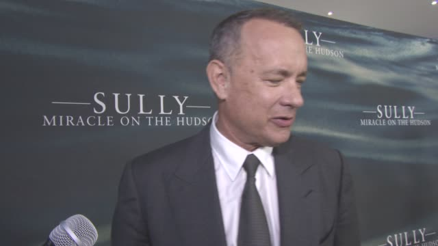 INTERVIEW Tom Hanks on what makes a hero the responsibility of being a pilot wondering what he would do in this situation at 'Sully Miracle on the...