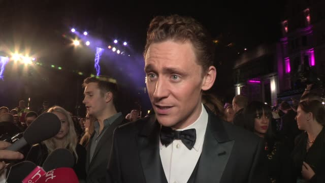 tom hiddleston on being at the premiere, filming in london, his character at 'thor: the dark world' world premiere at odeon leicester square on... - leicester square stock videos & royalty-free footage