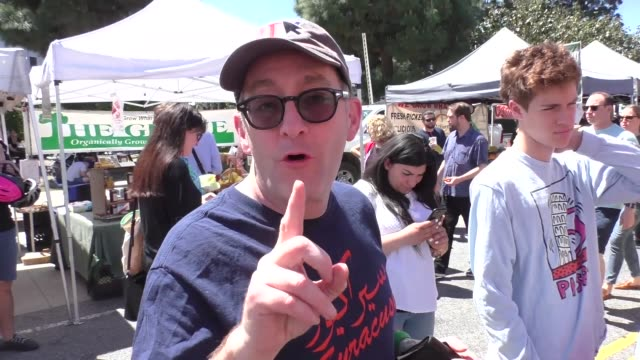 interview tom kenney talks about fart etiquette while shopping at farmer's market in studio city in celebrity sightings in los angeles - furzen stock-videos und b-roll-filmmaterial