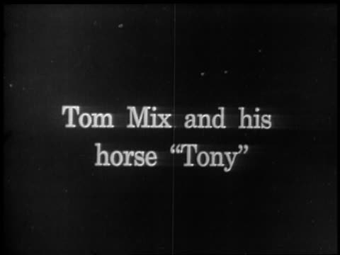 tom mix and his horse tony / newsreel - pferdeartige stock-videos und b-roll-filmmaterial